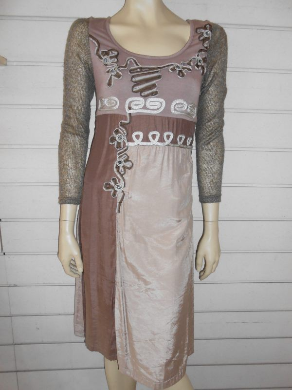 0c8ebd72b72c7 Robe marron beige avec applications brodées - CHANTAL BOUTIQUE